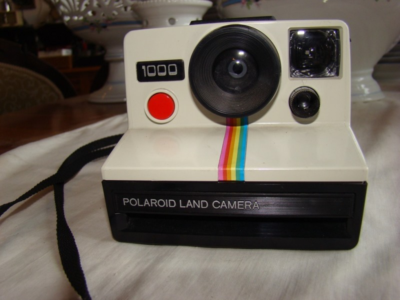 polaroid-1000-land-camera