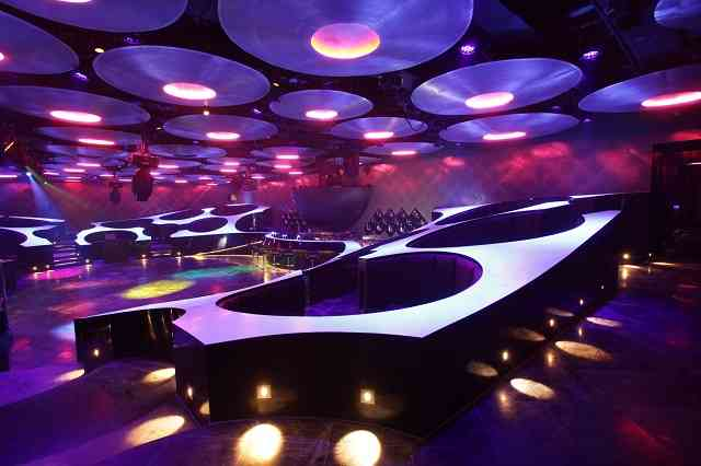 Blue-Frog-Lounge-Mumbai-India1