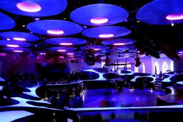 Blue-Frog-Lounge-Mumbai-India2