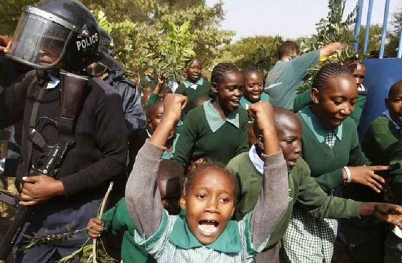 Polícias corruptas Quênia